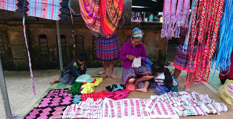 Hmong sites de rencontre pas de cordes attachées datant gratuit