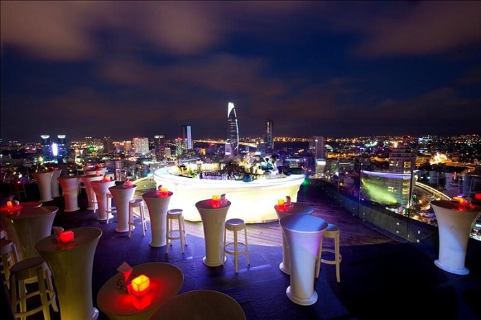 10 choses a faire visiter saigon rooftop bar