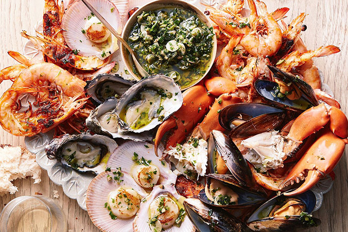 10 incontournables baie halong fruits de mer