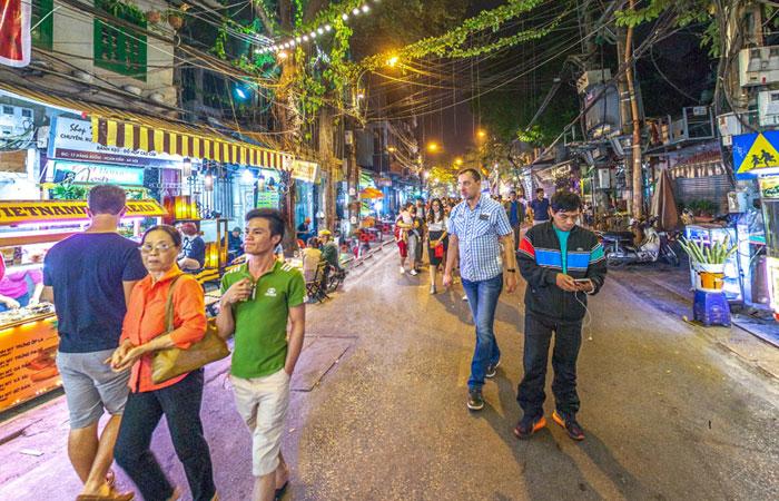 cuisine de rue vieux quartier hanoi hang buom