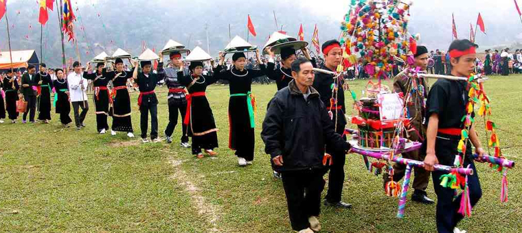 ethnie tay ceremonie culte