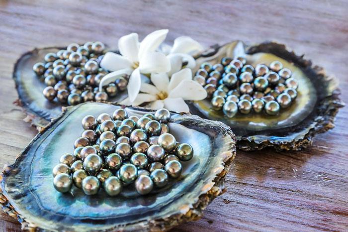 Vêtement sur mesure perles