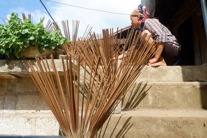 village encens Phia Thap secher