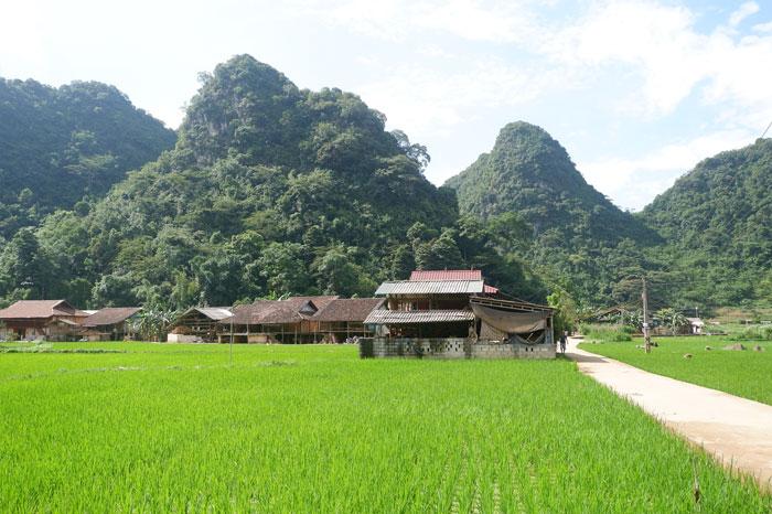 Village encens Phia Thap