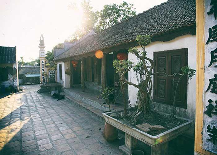 ancien village nom maison bicentenaire