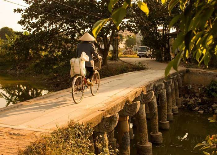 ancien village nom pont pierre