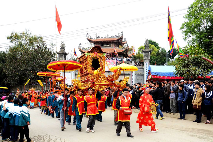 bac ha vietnam fete temple