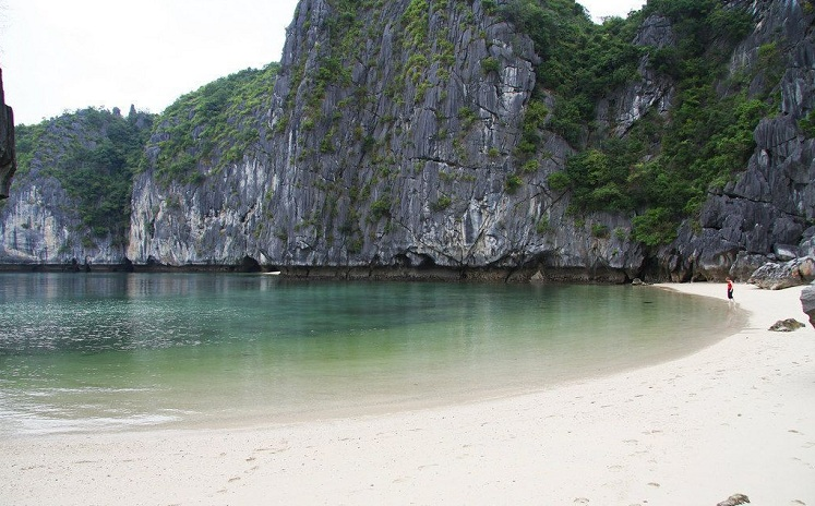 baie halong plage ti top