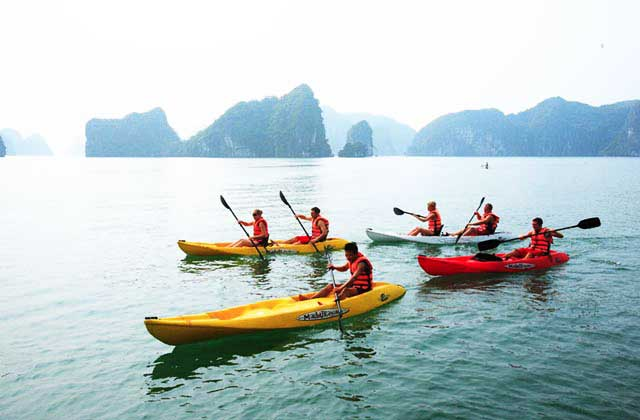 baie ha long kayak