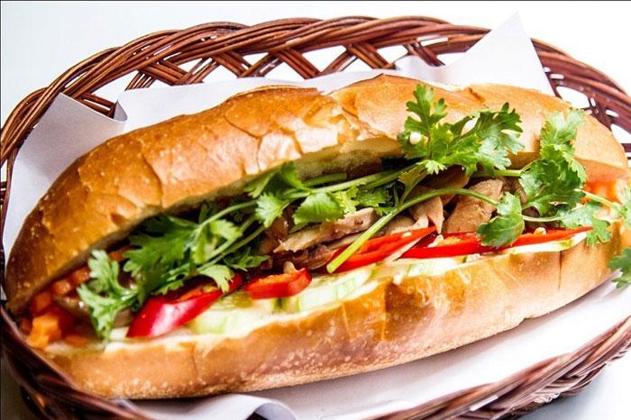 Spécialités culinaires sud Vietnam banh mi