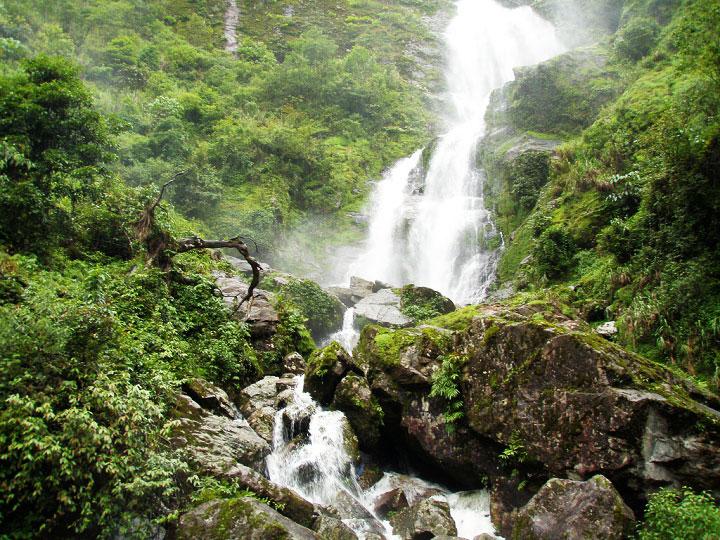 visite cascade argent sapa vietnam