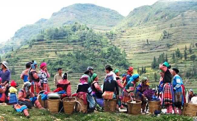 circuit vietnam 10 jours marche ethnique bac ha
