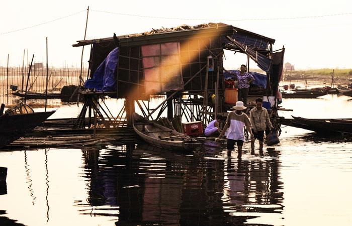 cite imperiale hue alentours lagune pecheur