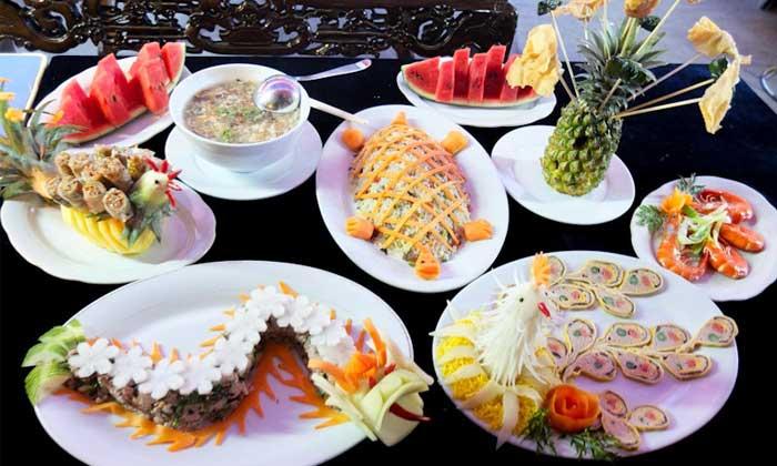 cite imperiale hue gastronomie