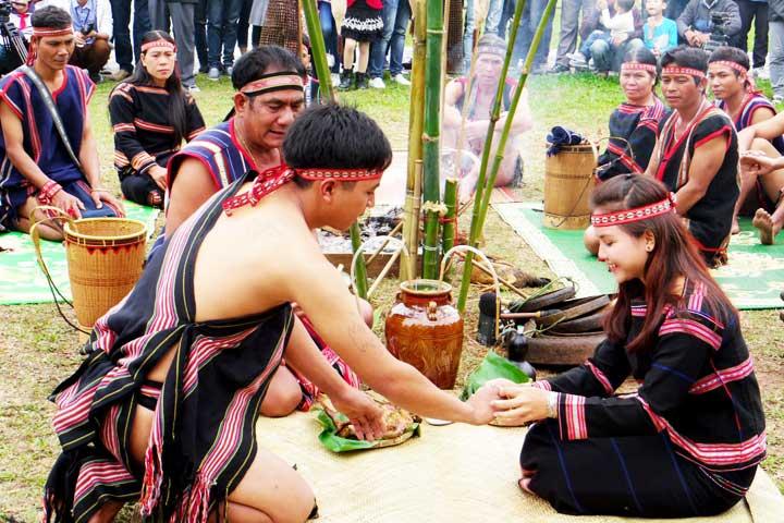 ethnie gia rai vietnam mariage