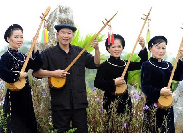 ethnie tay vietnam tenue traditionnelle