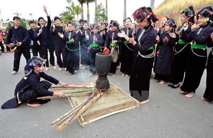 ethnie vietnam thai fete