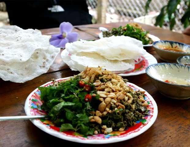 cuisine hoi an banh dap corbicula