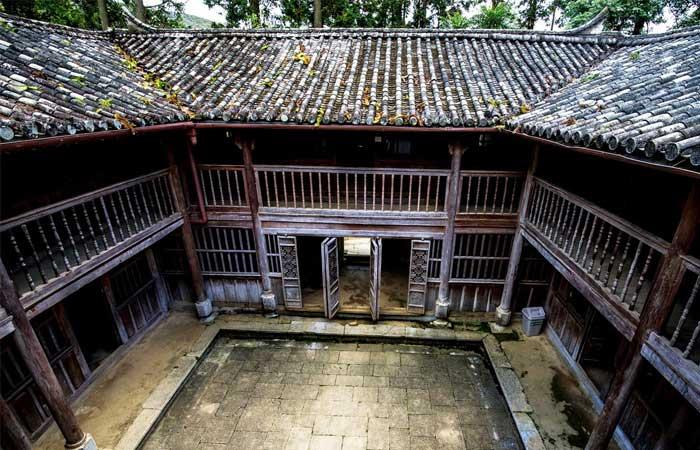 ha giang palais famille vuong toit