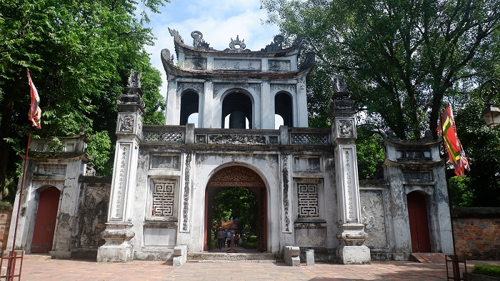 temple litterature hanoi grand portail