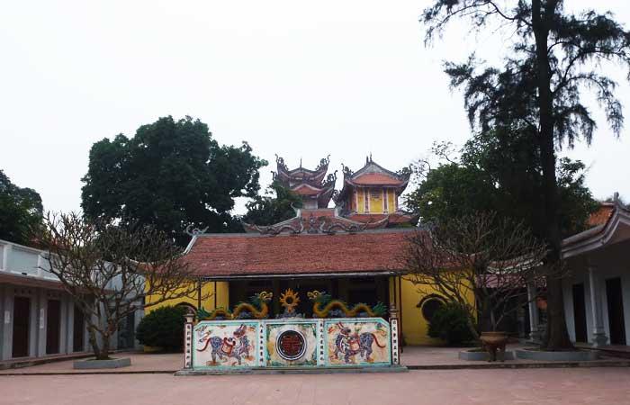 hanoi lac ouest village trich sai