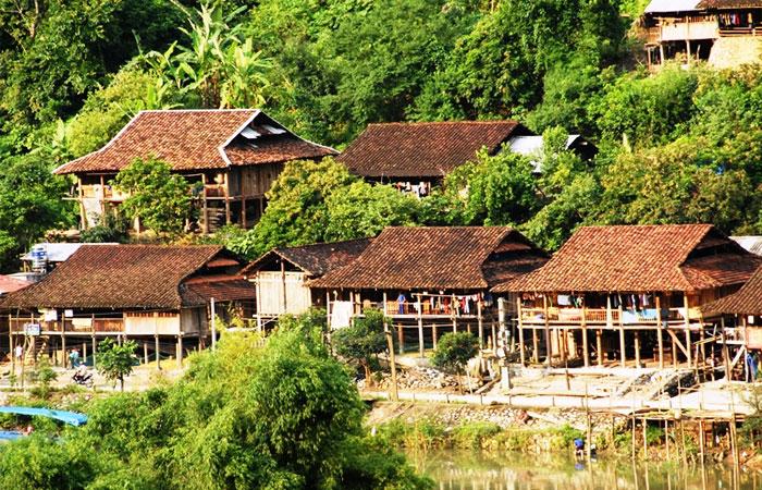 lac ba be vietnam maison traditionnelle