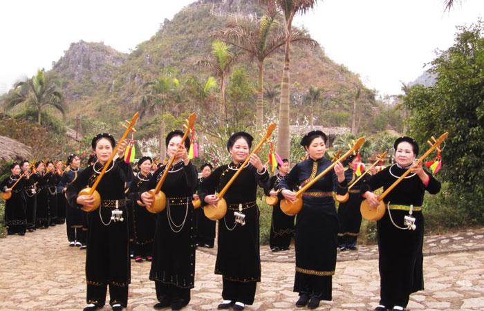 lac ba be vietnam musique populaire