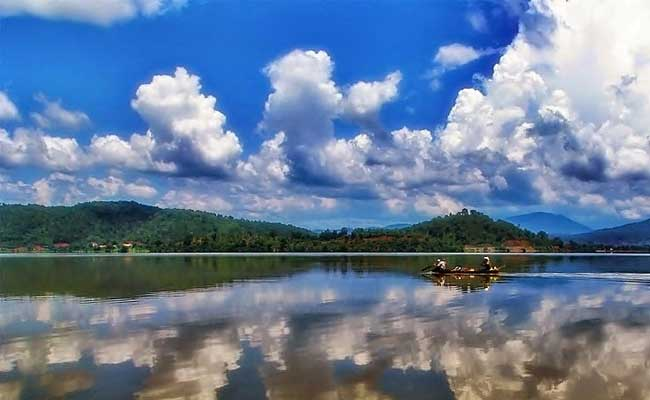 lac lak vietnam balade pirogue