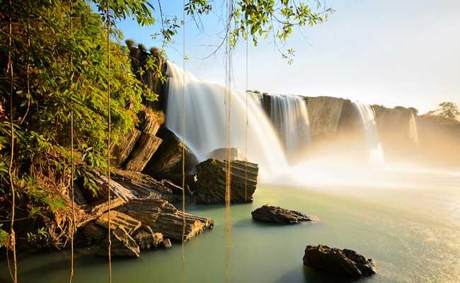 lac lak vietnam cascade dray nur