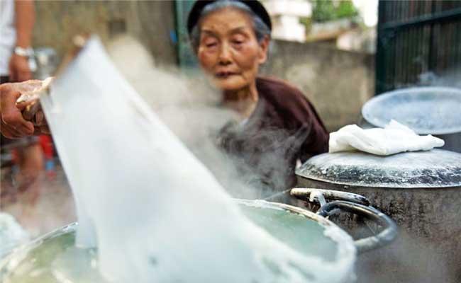 les banh cuon raviolis vietnamiens thanh tri hanoi