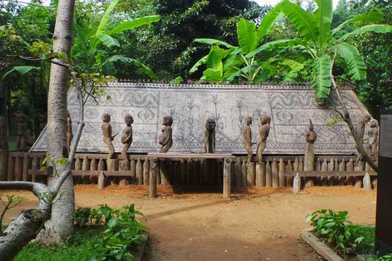Le mus e d 39 ethnographie du viet nam for Maison traditionnelle laos