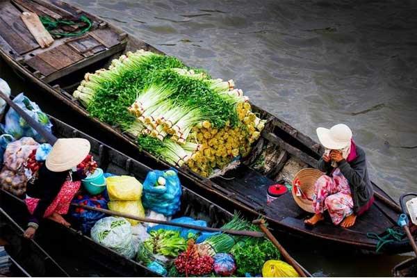 visiter marche flottant mekong