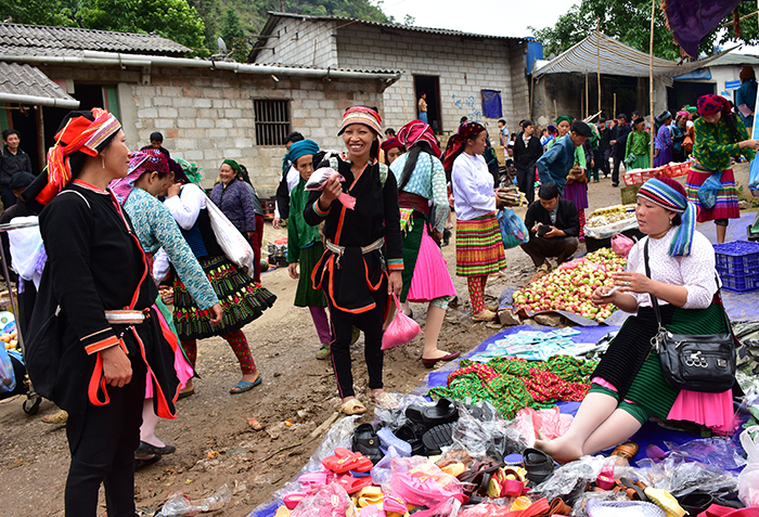 marchés montagneux Ha Giang Lung Phin