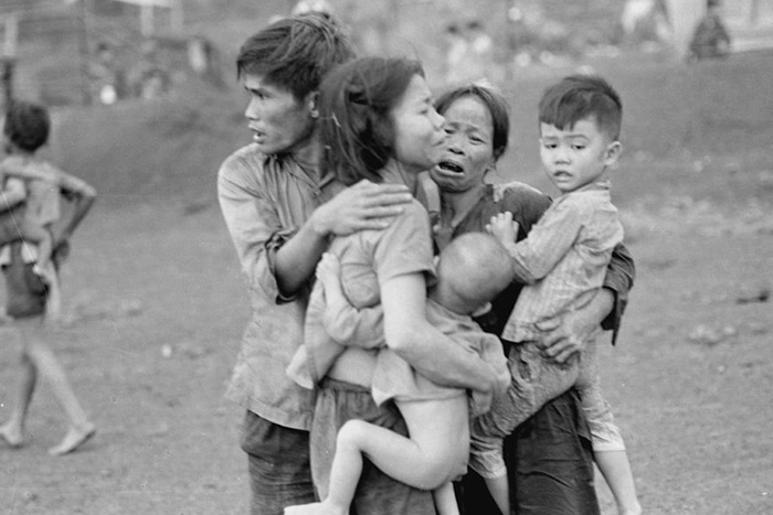 massacre my lai Vietnam villageois