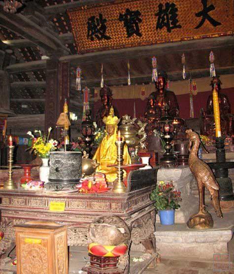 pagode thay bronze tu dao hanh