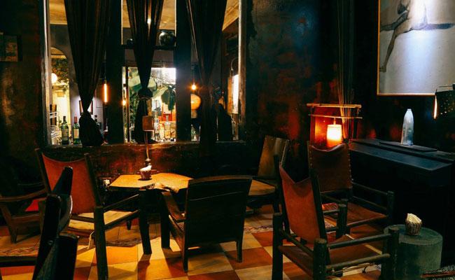 que faire a hanoi le soir bar cafe tadioto