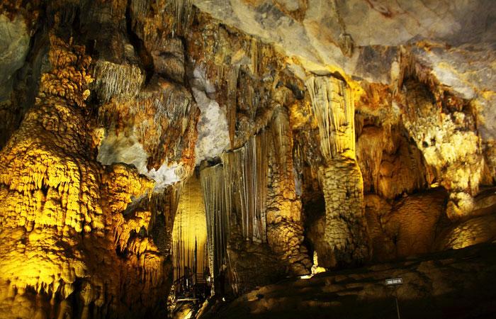 que faire a ninh binh en 1 jour visite grotte