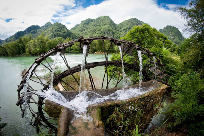 roue à eau Cao Bang pierre