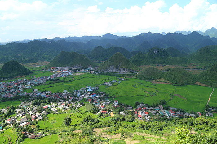 top 10 choses a faire visiter ha giang porte quan ba