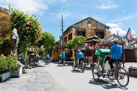 voyage vietnam cyclo pousse