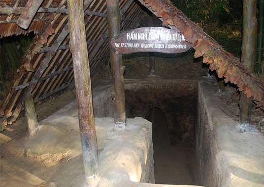 visiter vietnam tunnels cu chi saigon