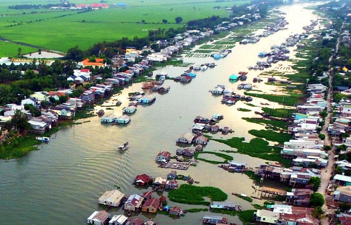 chau doc vietnam village piscicole