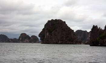 Van Long - Halong